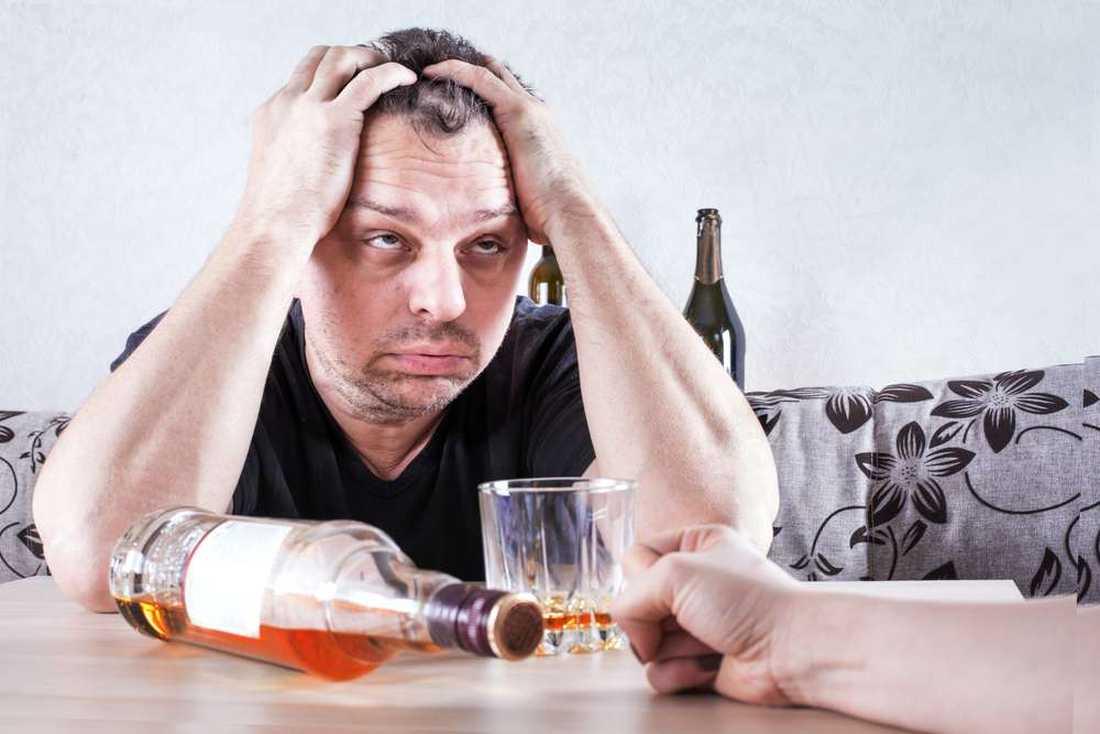 Кодирование от алкоголизма в городе Хмелницкий: принцип лечения и методы