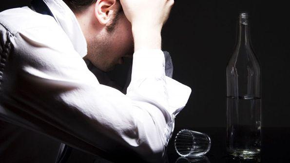 Кодирование от алкоголизма в Курске – выход из сложной ситуации