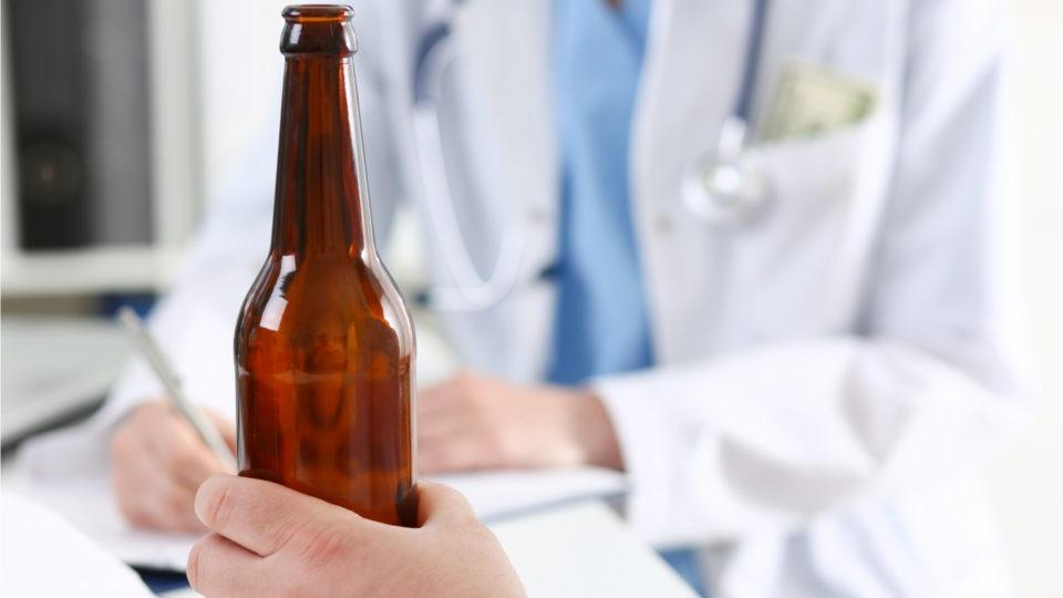 Допустимо ли принудительное лечение алкоголизма? Советы родственникам
