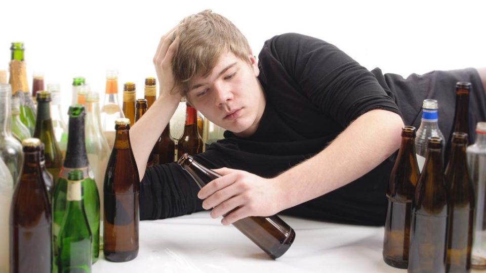 Как влияет алкоголь на умственную деятельность человека