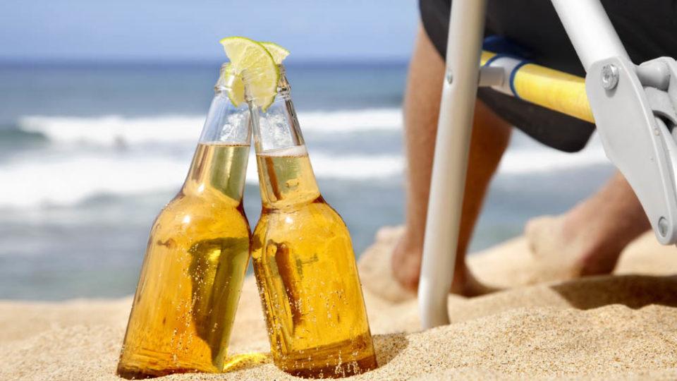 Можно ли пить алкоголь в жаркую погоду?