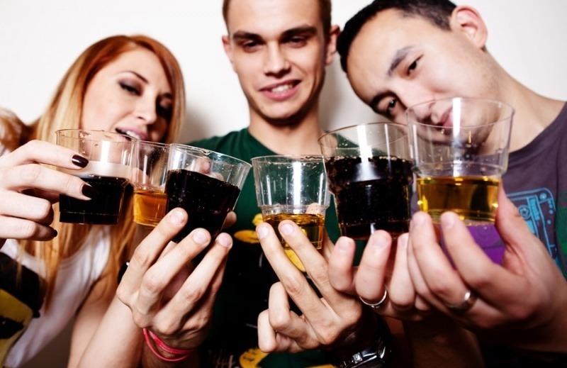 Низкий процент заболеваний алкоголизмом среди людей с университетским образованием. В чем секрет?